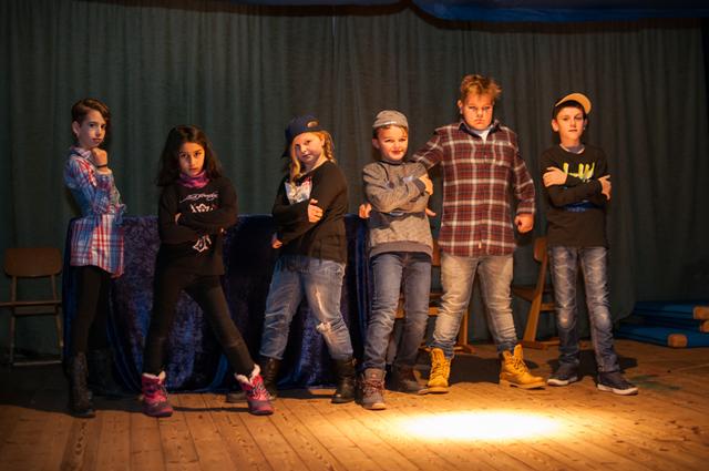 Weihnachtsfeier Theaterstück.Weihnachtsfeier In Ostrohe Schulen Am Moor